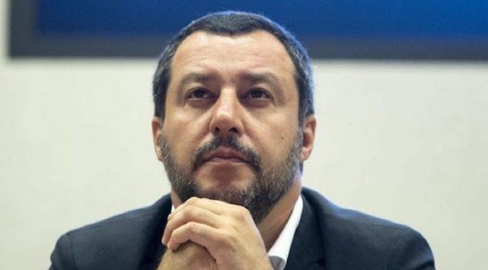 """Salvini sulle offese di Vittorio Feltri ai meridionali: """"Ha detto una cazzata"""""""