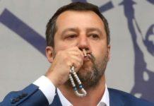 """Coronavirus, Salvini: """"La scienza non basta, riaprire chiese a Pasqua"""""""