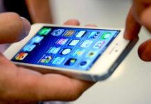 Giugliano, strappa lo smartphone dalle mani della ex: arrestato