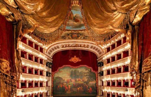 La cultura sui social: le lezioni online del Teatro San Carlo