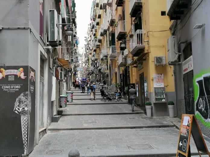 Massimo Ranieri protagonista del video augurale alla città per la ripartenza [VIDEO]
