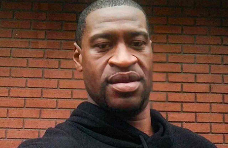Razzismo, il video dell'arresto di George Floyd con tre poli