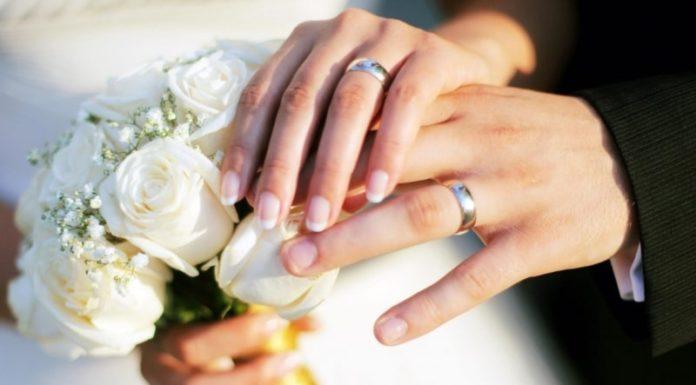 Comune di Napoli e il piano per la fase 2: matrimoni civili all'aperto