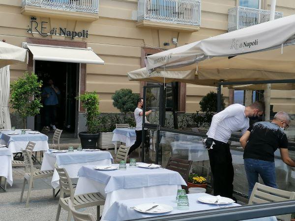 Chiusure ristoranti per zona arancione, Della notte (Aicast):