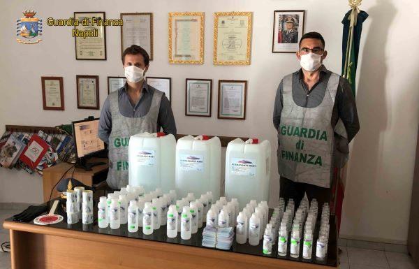 Ischia: Finanza sequestra 80 litri di gel disinfettante e 3600 mascherine