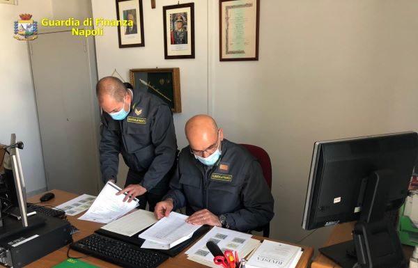 Marche da bollo riciclate: interdizione alla professione per sei avvocati