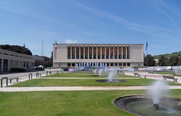 Fase 2 a Napoli: oggi pomeriggio riapre il parco della Mostra d'Oltremare