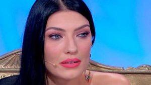 Uomini e Donne, anticipazioni: Giovanna Abate è innamorata d