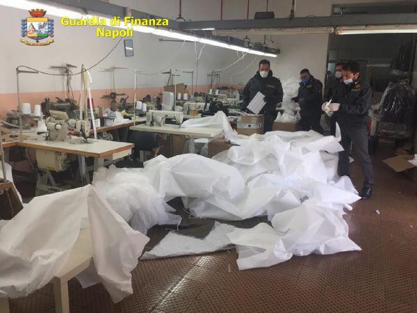 Ponticelli: sequestrate 4000 mascherine con loghi contraffat