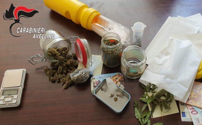 Avellino, controlli antidroga con unità cinofile: arrestato un 22enne