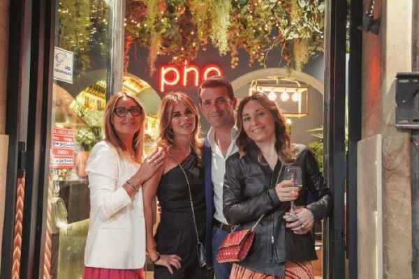 Pino Napoli: un nuovo ristorante nello storico giardino di Vico II Alabardieri (GALLERY)