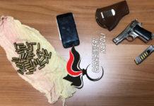 Scampia, nascondeva una pistola pronta a sparare: arrestato 41enne