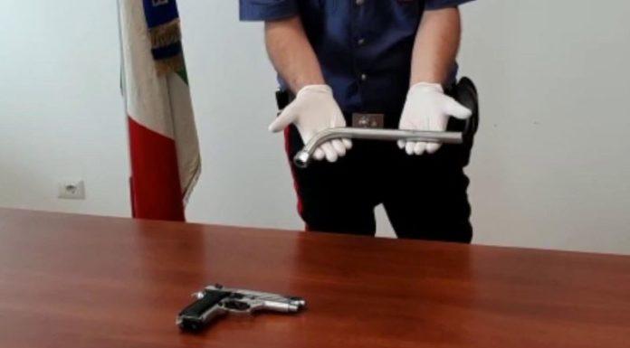 Ercolano, rapinavano le coppiette: arrestati quattro giovani