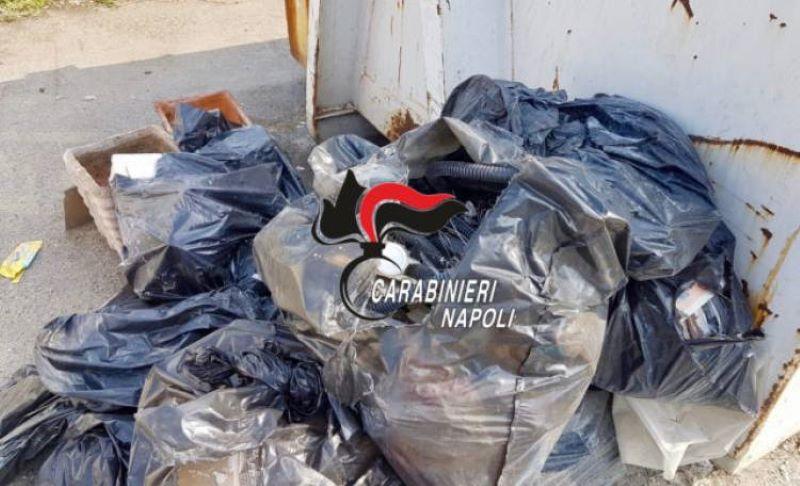 Frattamaggiore, scaricano rifiuti per strada: beccati dalle telecamere e multati