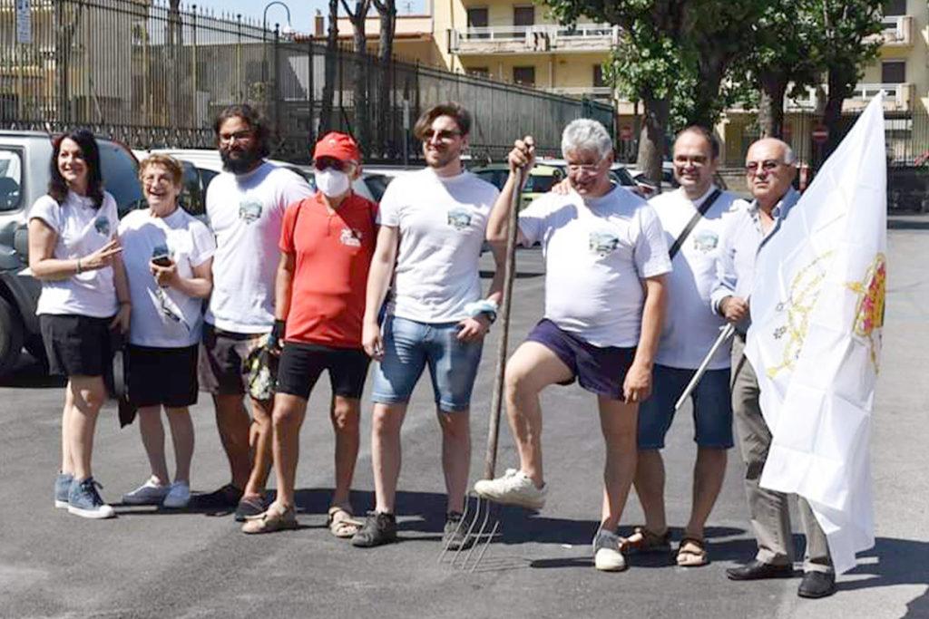 Sarno, volontari puliscono il Rio Palazzo: sono stati rimossi quintali di rifiuti