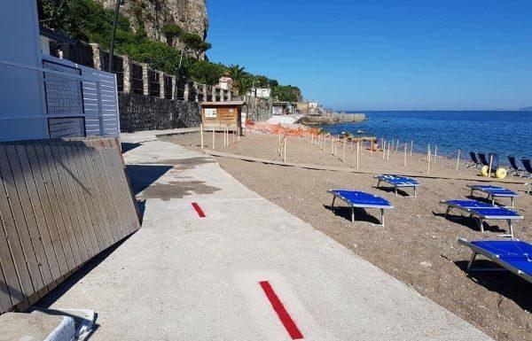 Vico Equense, ecco le nuove regole per l'estate: spiagge libere riservate ai soli residenti