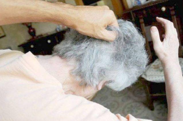 Villaricca, aggredisce e rapina anziana in casa: 30enne arrestato