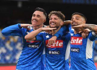 Spettacolare 2-2 tra Calcio Napoli e Milan. Gli azzurri si fanno preferire ma un rigore dubbio permette ai rossoneri di pareggiare