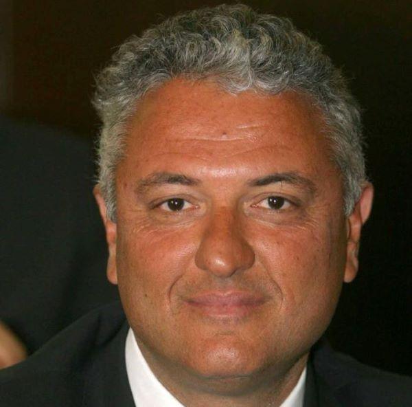 Estate a Napoli: molti casi di assembramenti sulle spiagge libere