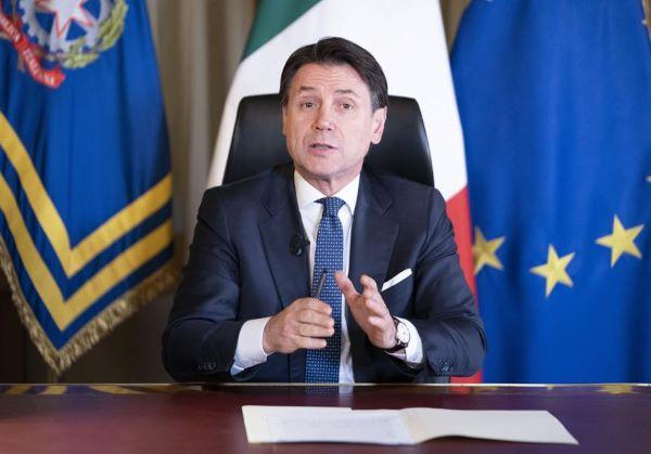 """Accordo raggiunto per il Recovery Fund, il premier Conte: """"Momento storico"""" (VIDEO)"""