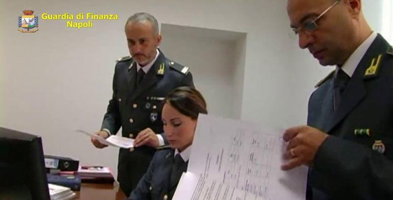 Napoli, scoperto giro di false prescrizioni mediche in due centri diagnostici: Due arresti