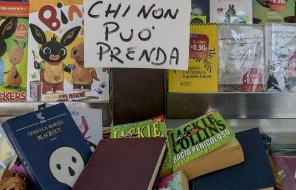 """Vomero, arriva il """"panaro solidale"""" dei libri: """"Chi non può prenda"""""""