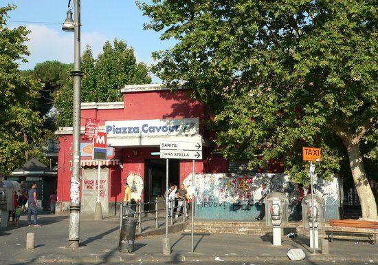 Piazza Cavour, allarme fumo nella stazione della Metropolitana