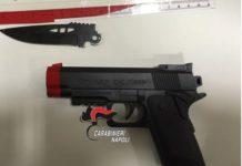 Controlli dei Carabinieri a Napoli: fidanzatini fermati a Mergellina con pistole giocattolo