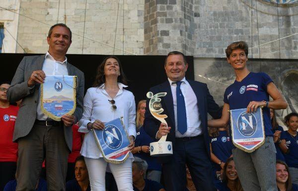 Napoli Femminile: presentazione della squadra al Maschio Angioino