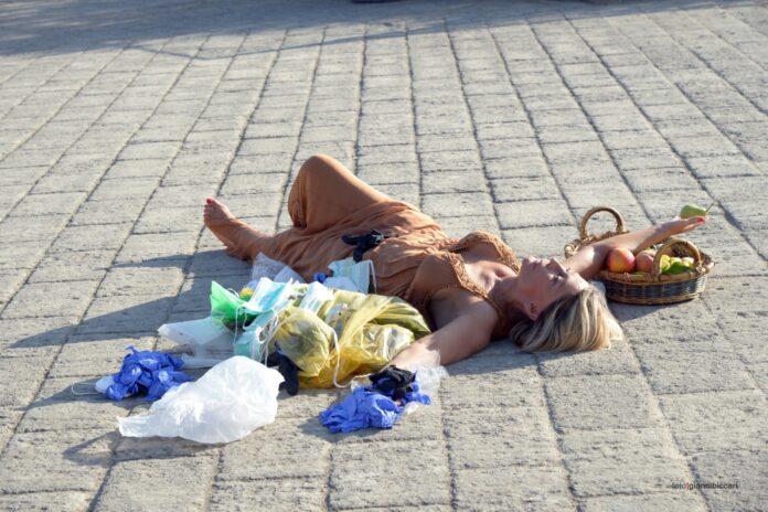 L'artista Slobodanka Ciric al Parco Virgiliano con il progetto Terra dei Fuochi olim Campania felix