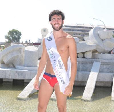 Mister Italia 2020: vince Giuseppe Moscarella di Torre Del Greco