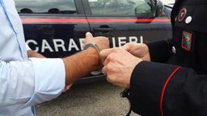 Secondigliano: arrestati due uomini per furto (I NOMI)