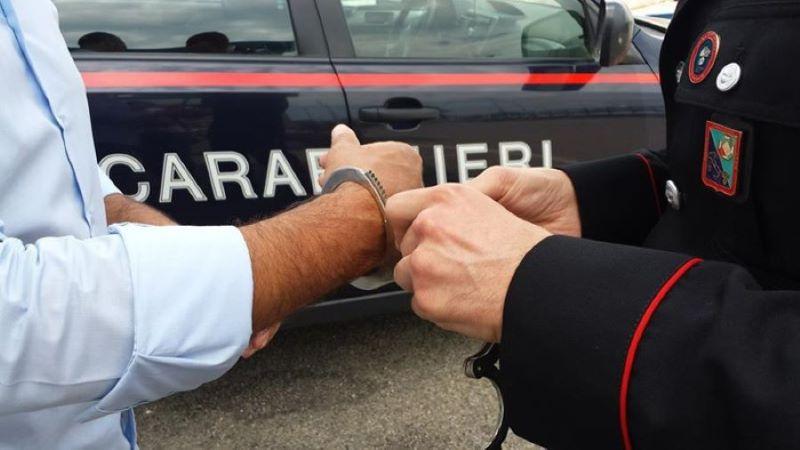 Secondigliano: arrestato 29enne per furto aggravato