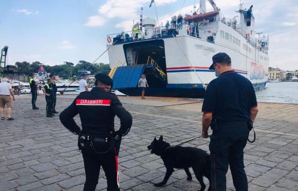 Forio di Ischia, arrestato pusher 41enne: IL NOME