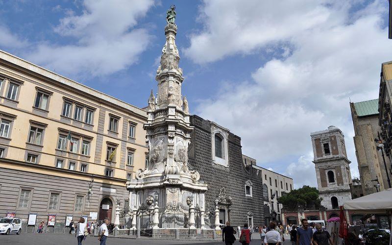 Napoli: da lunedì 17 agosto Piazza del Gesù diventa area pedonale