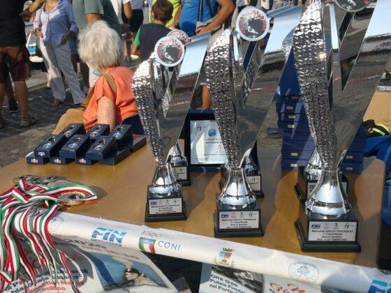 A Baia celebrati due grandi campioni: Enzo D'Angelo e Giulio Travaglio