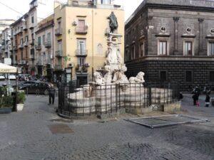 Napoli: Bar somministra alcolici a minori, chiuso 5 giorni