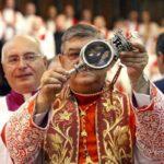 Napoli, San Gennaro ha fatto il miracolo: il sangue si è sciolto