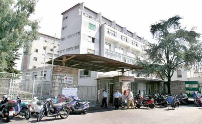Covid 19 a Castellammare, 56 persone attualmente positive: sei casi nel personale ospedaliero