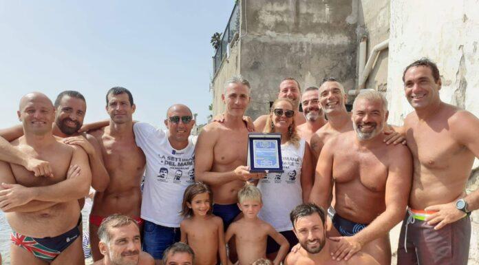 Pallanuoto al Borgo Marechiaro: i vincitori del torneo master maschile e femminile