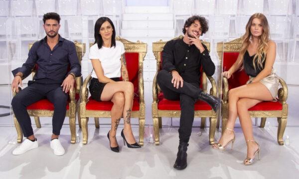 """Uomini e Donne, Maria De Filippi fa uscire Facundo: """"Te ne devi andare"""""""