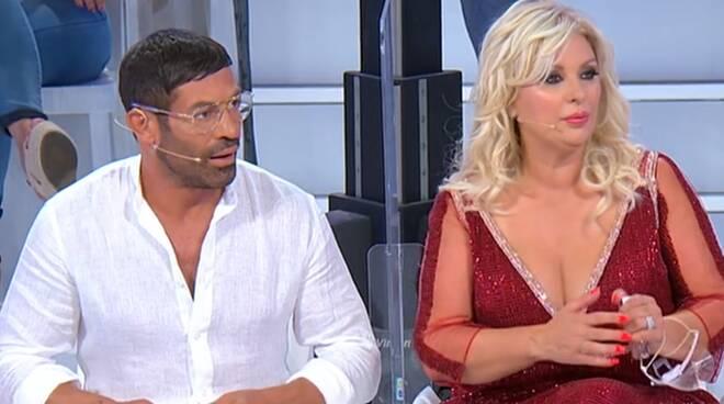 """Uomini e Donne, Raffaella Mennoia: """"raggiunto 21% di share"""""""