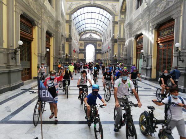 Napoli Bike Festival, il corteo di biciclette sulla nuova pista ciclabile fino a Napoli Est