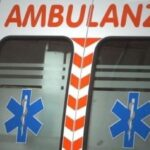 Incidente stradale sulla Domiziana, auto travolge scooter: due morti