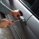 Vomero: tentano di rubare un'auto. Denunciati quattro uomini