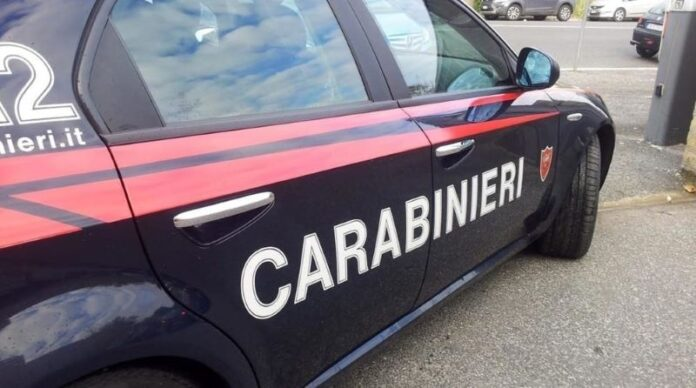 Quartieri Spagnoli, ruba orologio a turista: arrestato