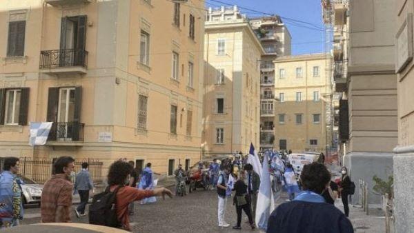 Paolo Sorrentino, ritorno a Napoli: nella città partenopea il set di È stata la mano di Dio