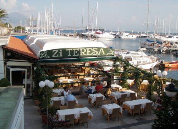 Borgo Marinari: sequestrate due strutture esterne dei ristoranti Zi Teresa e La Bersagliera