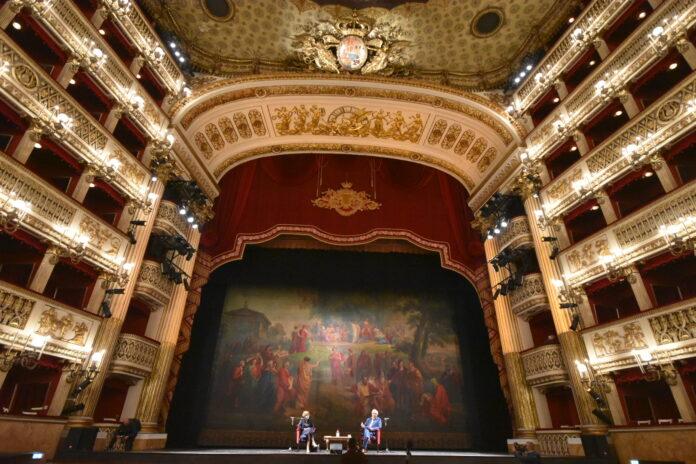 Teatro San Carlo, Marina Abramović apre la Stagione 2020/2021