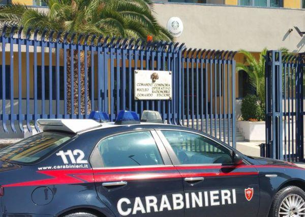 Avellino, droga consegnata a domicilio durante il lockdown: 19 arresti